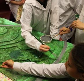 Keelham School Yr5 – painting the map model